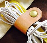 【100均DIY】1つの材料でイヤホンベルトを作る