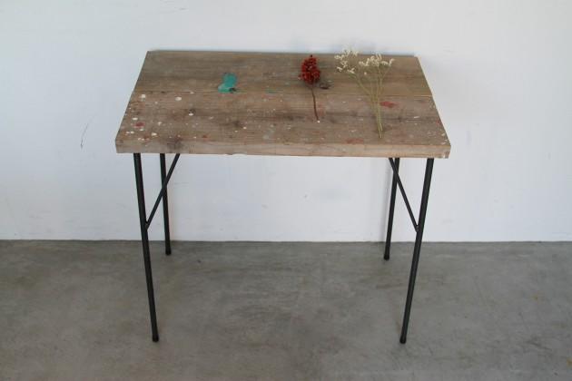 お部屋の顔、テーブルをDIY。 ~DIY FACTORY アイアン脚~