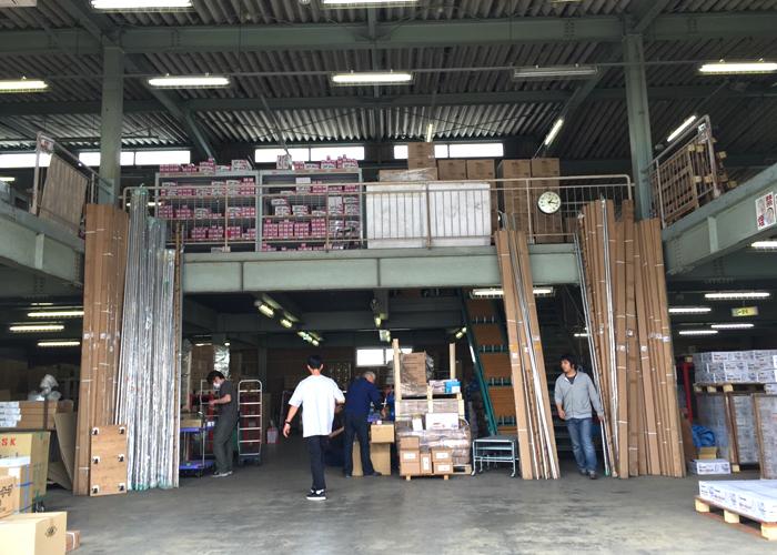 ノグチさんの倉庫風景