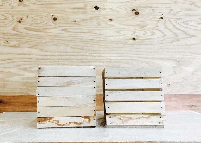 塗装する木の箱